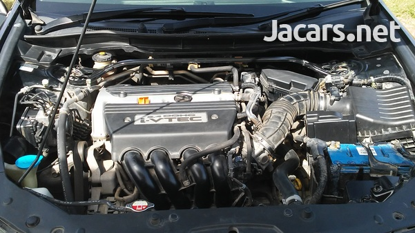 Honda Accord 2,4L 2010-5