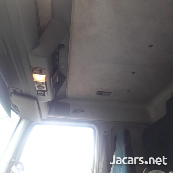 2004 DAF LF Truck-12
