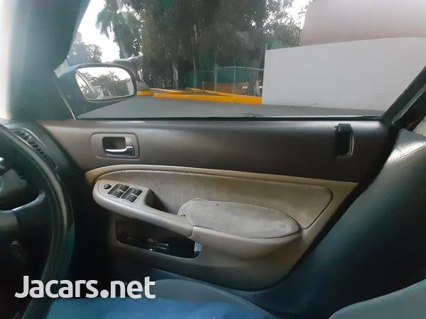 Honda Civic 1,4L 2000-7