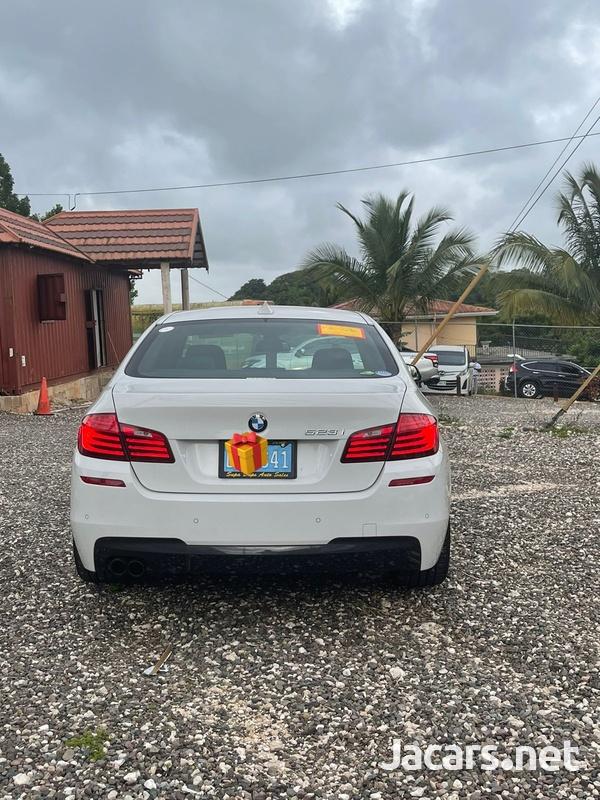 BMW 5-Series 2,5L 2016-8