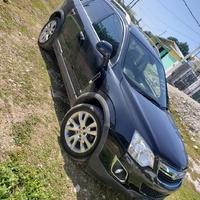 Opel, Vauxhall Astra 2,2L 2013