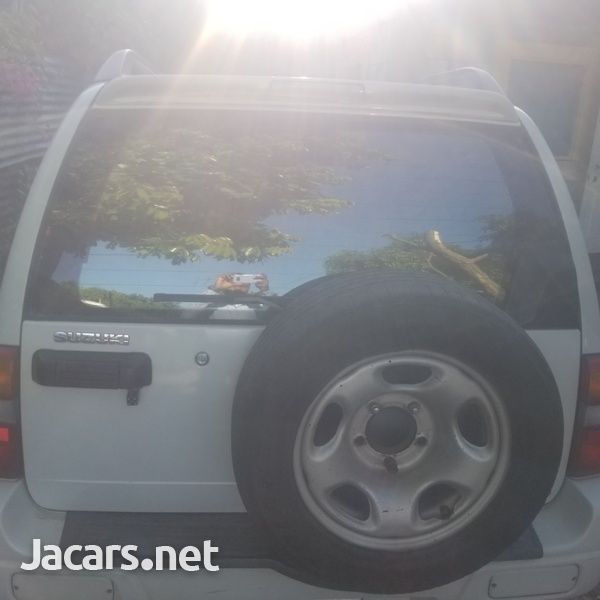 Suzuki Vitara 2,0L 2005-8