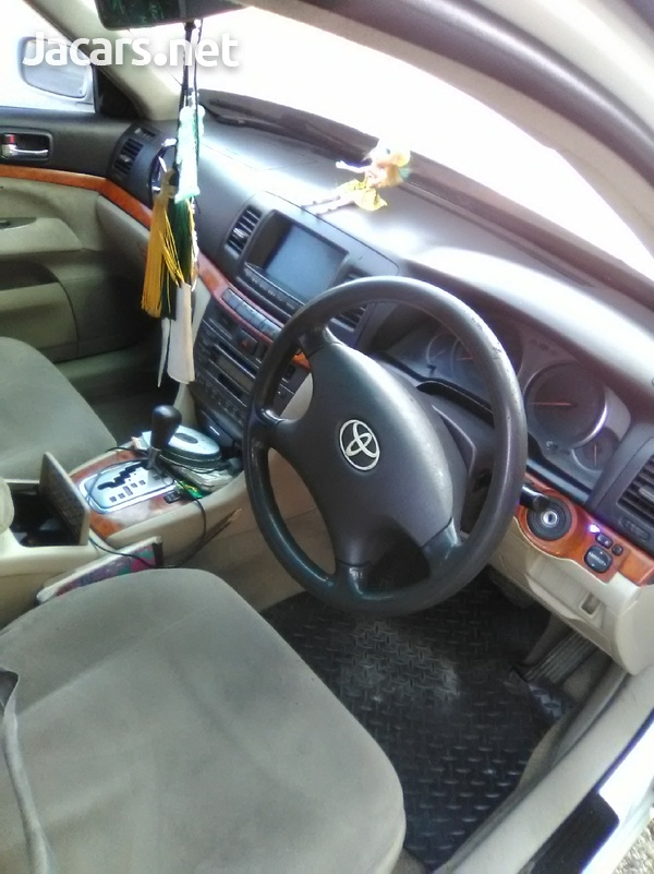 Toyota Mark II 6,0L 2001-4