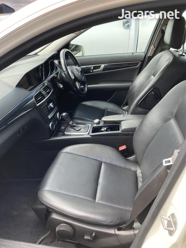 Mercedes-Benz C-Class 2,1L 2012-7