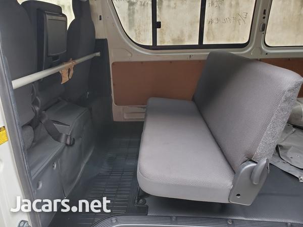Toyota Hiace Bus 2,9L 2011-10