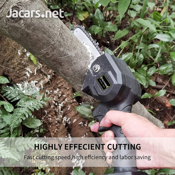World's smallest yet powerful cordless chainsaw-6