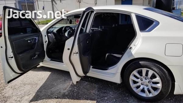 Nissan Altima 2,5L 2016-5
