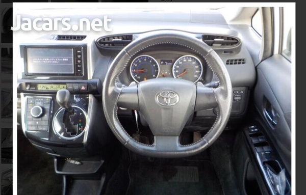 Toyota Wish 1,8L 2015-11