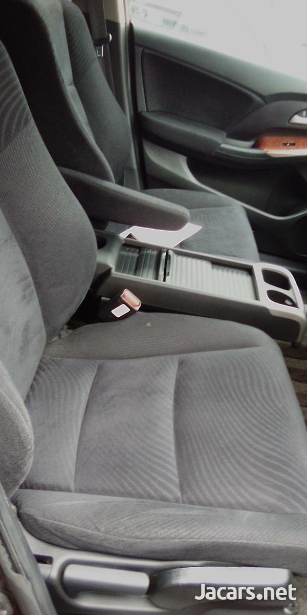 Honda Odyssey 2,0L 2010-2