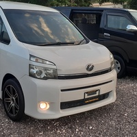 Toyota Voxy 2011, very clean, 1,390,000