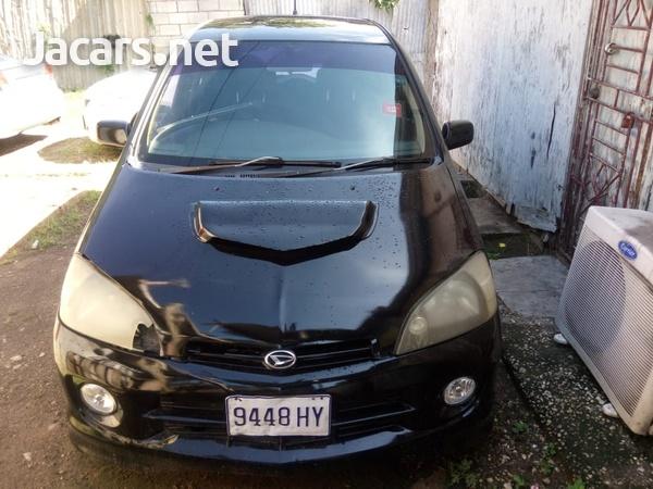 Daihatsu YRV 1,3L 2003-5