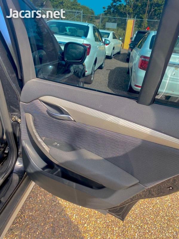 BMW X1 2,0L 2011-8