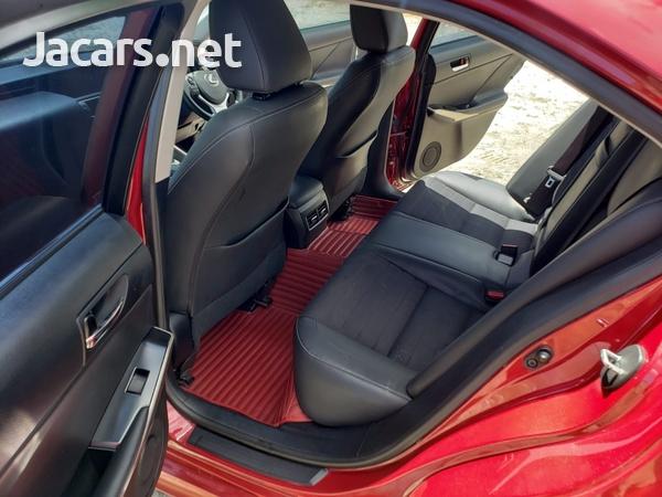 Lexus IS 2,5L 2014-9