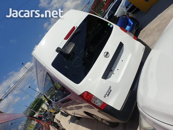 2015 Nissan caravan-6