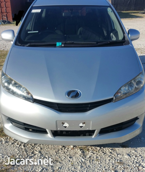 Toyota Wish 1,4L 2011-1