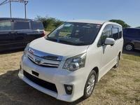 Toyota Noah 2,2L 2010
