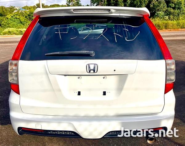 Honda Stream 2,0L 2013-2
