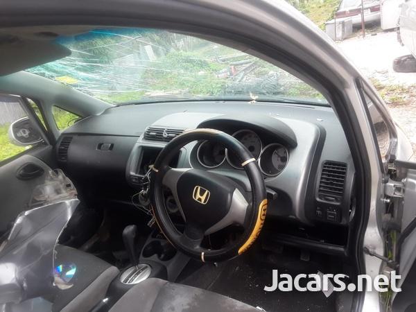 Honda Fit 1,5L 2007-5