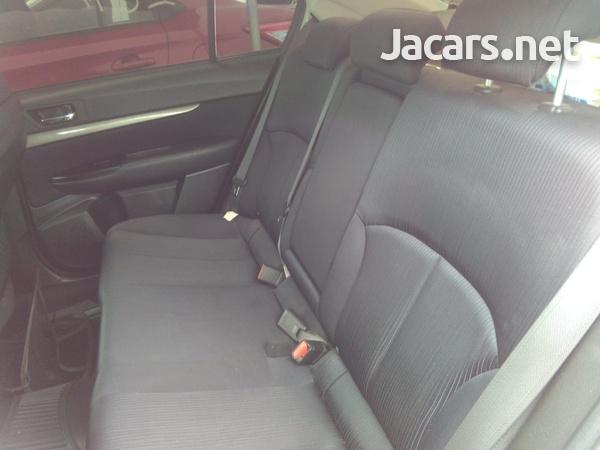 Subaru Legacy 2,4L 2011-5