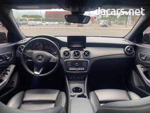 Mercedes-Benz CLA-Class 2,0L 2018-5