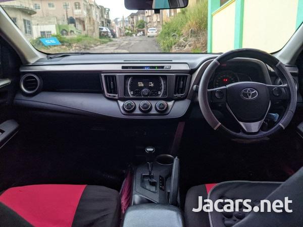 Toyota RAV4 2,5L 2013-7