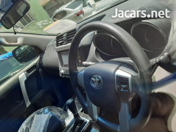 Toyota Prado 2,5L 2017-4