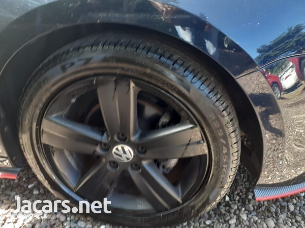 Volkswagen Jetta 2,0L 2014-5