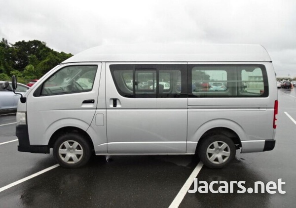 Toyota hiace high top .dual AC-3