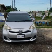 Toyota Ractis 1,5L 2011