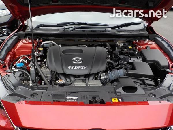 Mazda Axela 1,5L 2015-6