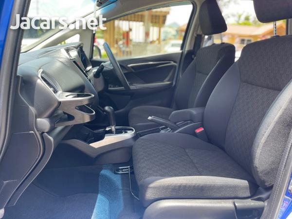 Honda Fit 1,4L 2015-9