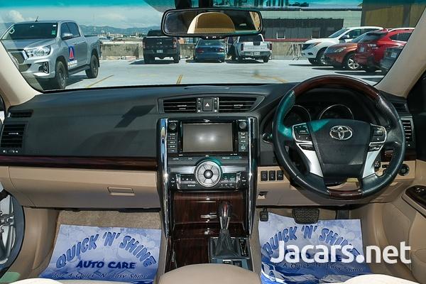 Toyota Mark X 3,5L 2010-7