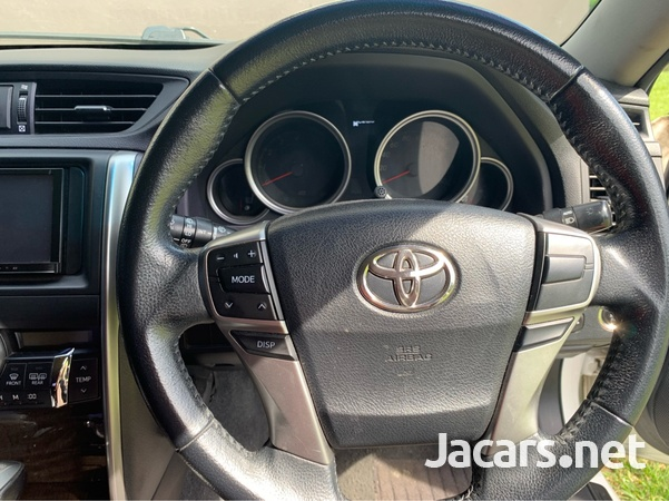 Toyota Mark X 2,6L 2014-6