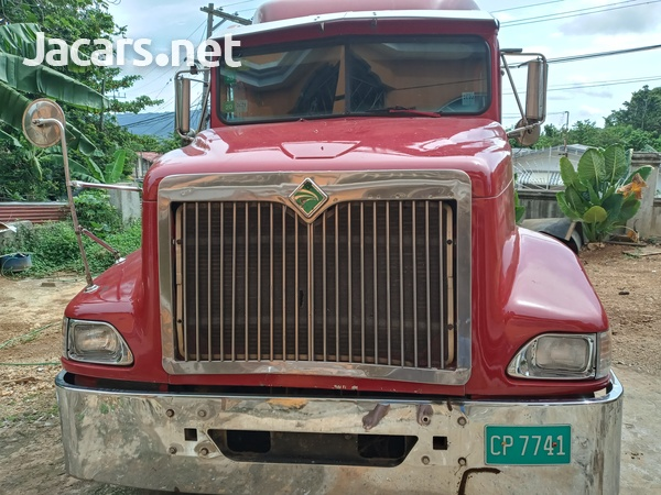 1999 International Truck-7