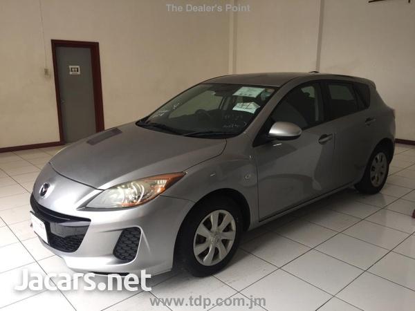 Mazda Axela 1,5L 2013-1