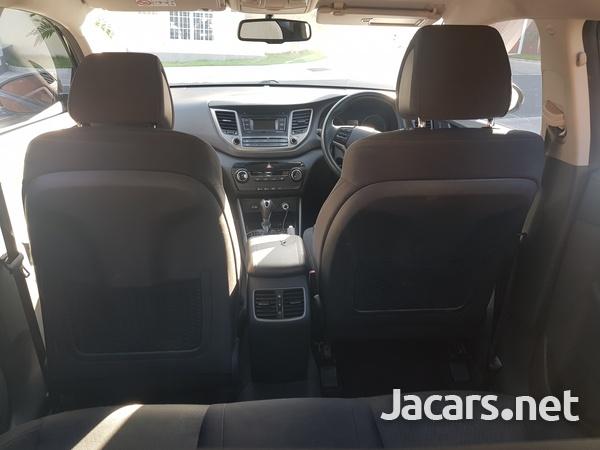 Hyundai Tucson 2,0L 2016-4