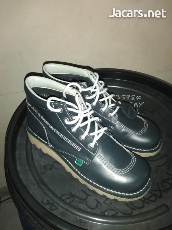 Kickers-2