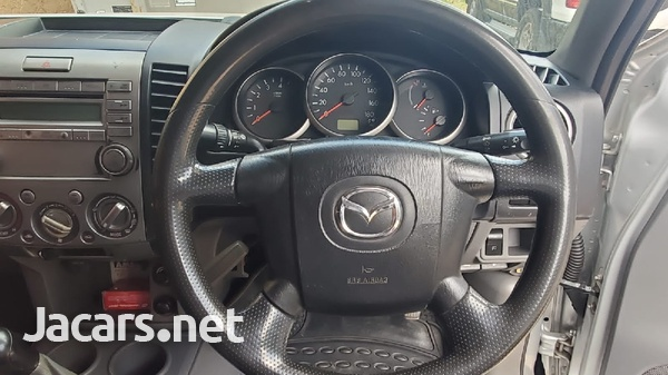 Toyota Isis 1,8L 2011-7