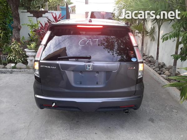 Honda Stream 1,8L 2013-3