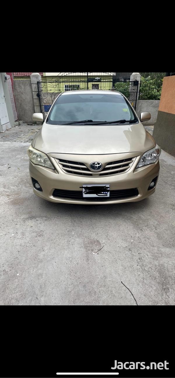 Toyota Corolla XLi 2,1L 2014-1