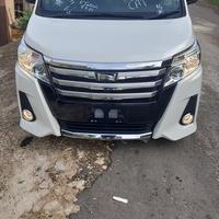 Toyota Noah 2,1L 2015