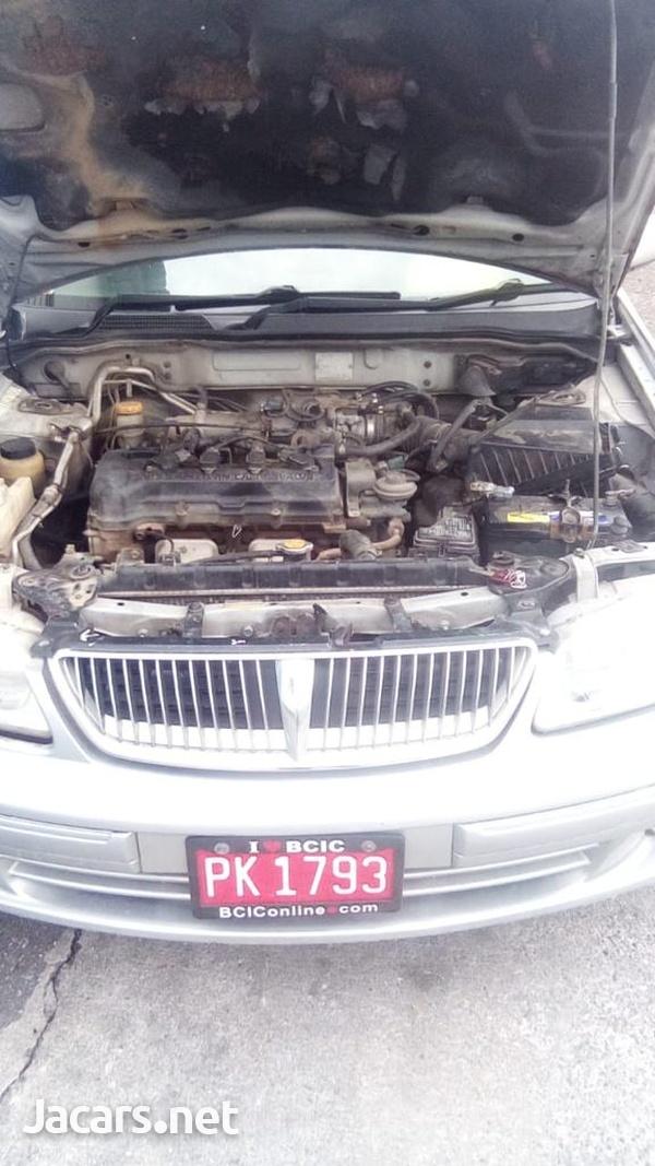 Nissan Almera 3,2L 2004-1