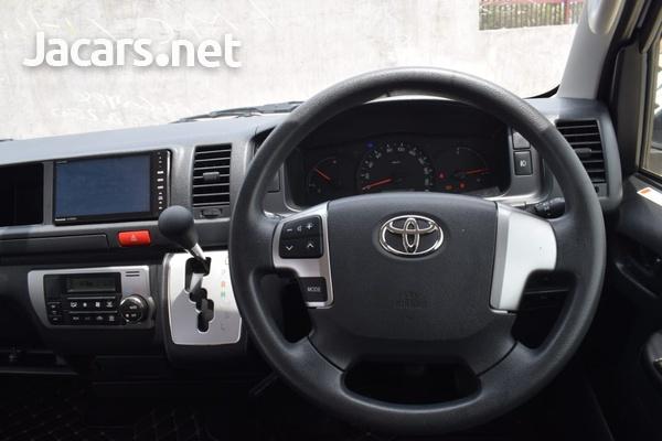 2015 Toyota Hiace Bus-2