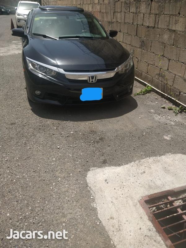 Honda Civic 1,5L 2016-9