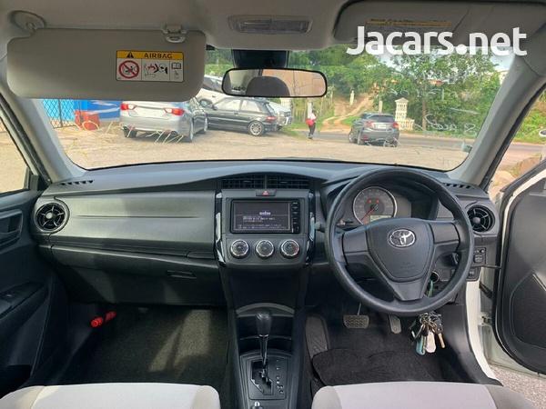 Toyota Axio 2,0L 2015-5