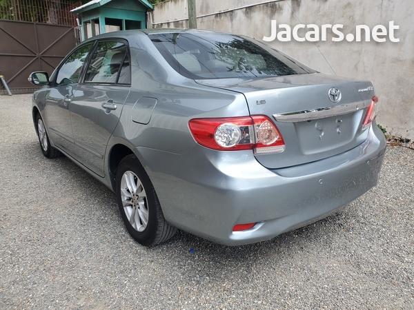 Toyota Corolla Altis 1,6L 2013-4