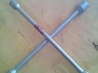lug tool