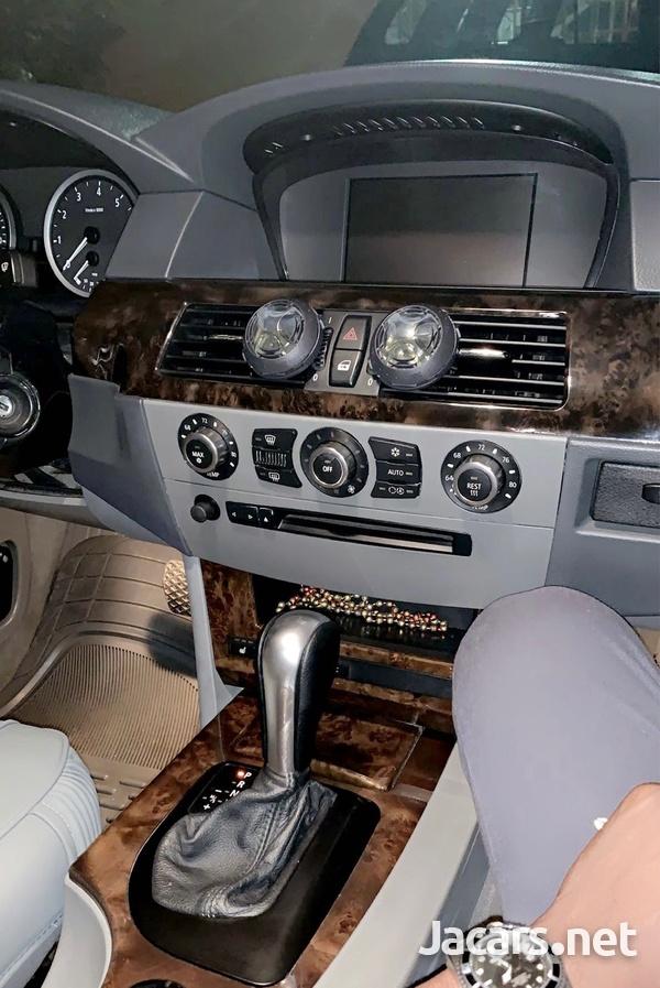 BMW 5-Series 3,0L 2006-3