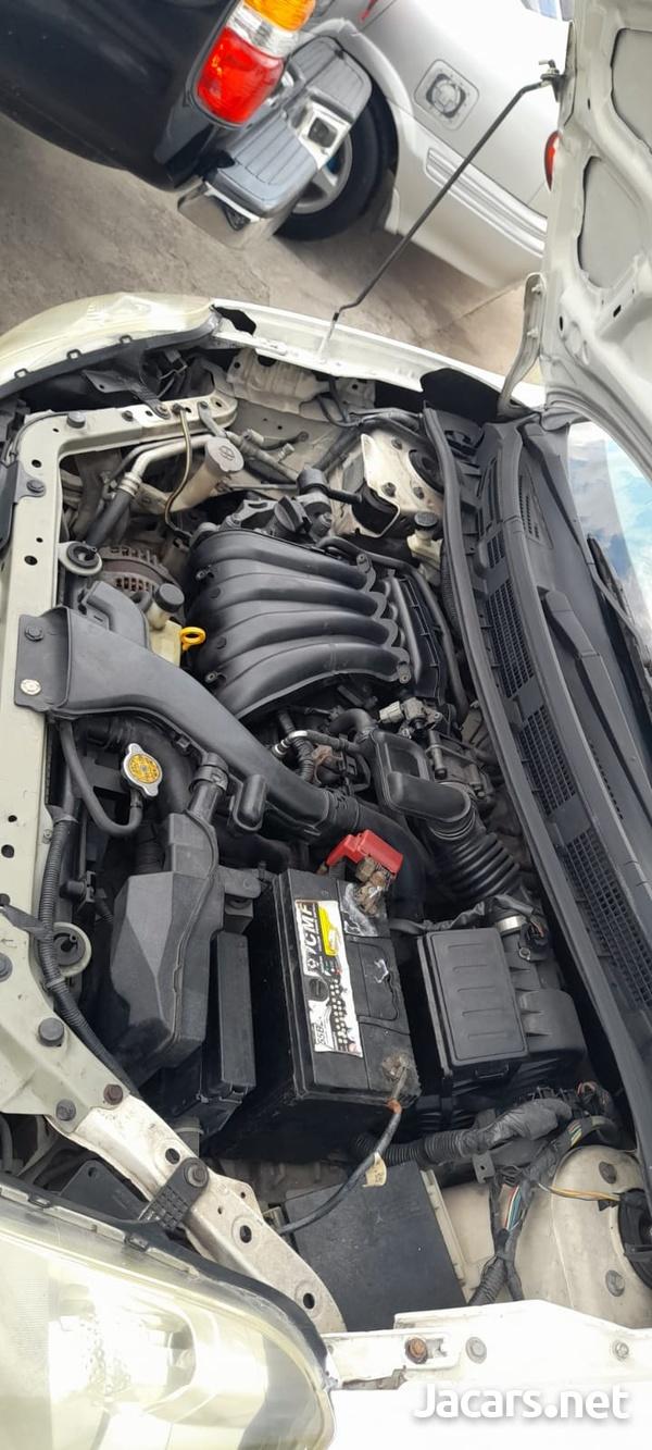Nissan AD Wagon 1,5L 2011-10