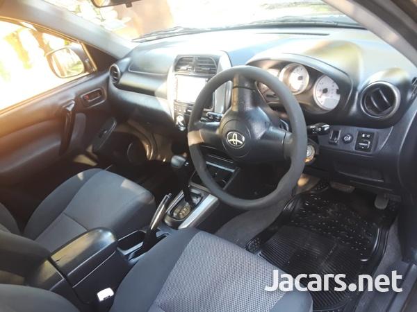 Toyota RAV4 2,0L 2005-8